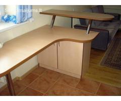 Projektuojame ir gaminame įvairias barų sistemas pagal individualius užsakymus